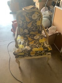 Century chair company floral and natural accent chair Gaithersburg, 20877