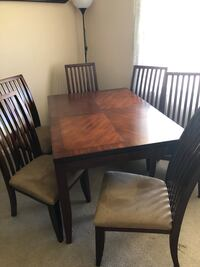 Dining Room Table Charles Town, 25414