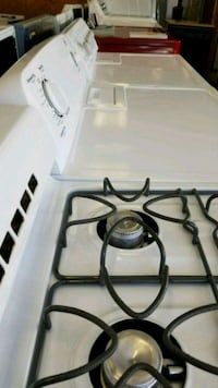 round white and black electric stove New Britain, 06051
