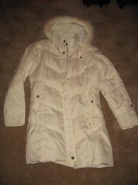 Woman's White down fur hooded jacket