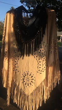 Faux suede fringed cut out poncho Thurmont, 21788