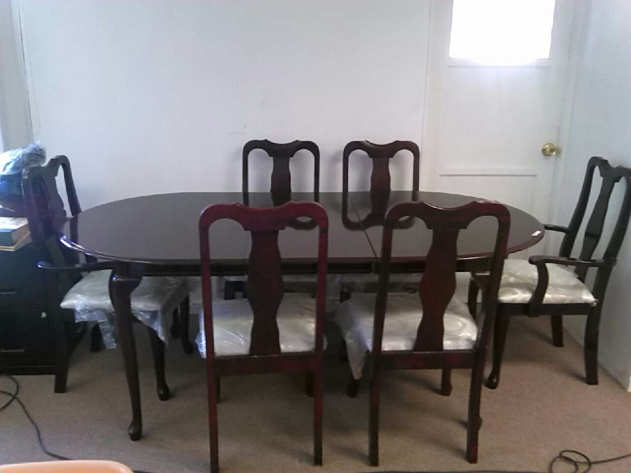 oval glass dining table set