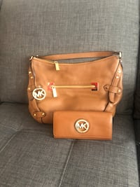 Michael Kors brown purse and wallet