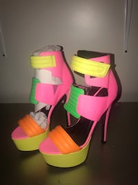 pink and green leather open toe ankle strap heels New York, 10033