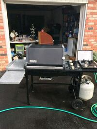 clean WEBER BBQ GRILL with side burner Commack, 11725