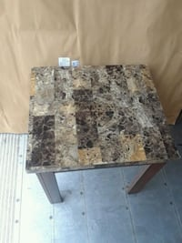 2 end tables Terrytown, 70056