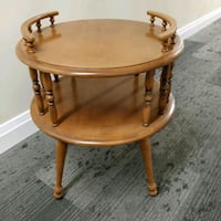Solid Maple wood large round 2 tier table Toronto, M2J 2C2