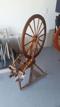 Wool spinning wheel Ontario, L4L 1A6