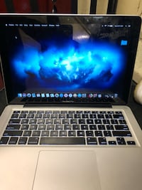 MacBook pro New York, 10009