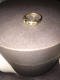 Gold ring  Bakersfield, 93305