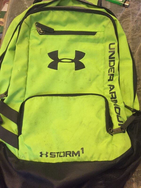 646292ffc479 Б У neon green and black under armour storm 1 backpack на продажу в ...