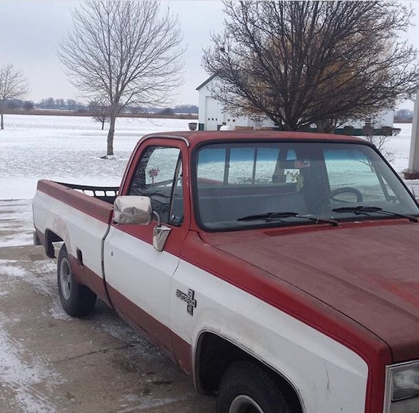 Used Red And White Single Cab Pickup Truck For Sale In