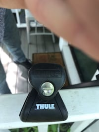 Thule roof racks for Subaru Forester NEGOTIABLE