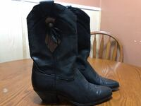 Laredo Women's Leather Boots (7M)  New Castle