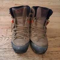 Men's Hiking Boots  Victoria, V8P 5G9