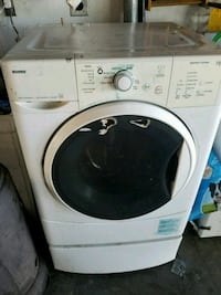 white front-load clothes washer Salinas, 93906