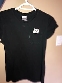 black crew-neck pocket shirt Central Okanagan, V1Z 3Z3
