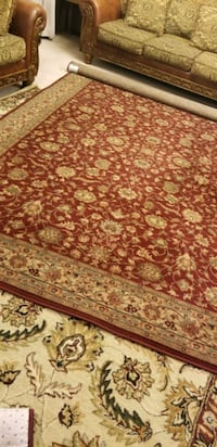 Area rug sz 10.5 × 7.5 ft Lincoln