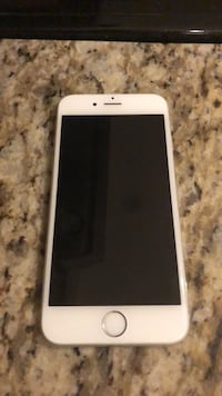 iPhone 6! Excellent condition!  Toronto, M9C 4X3