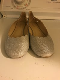 Silver sparkle shoes Greenville, 29607
