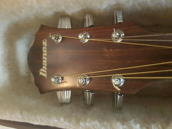 Ibanez walnut edition with hard case