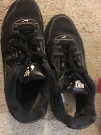 Gently used Nike Airs size (8.5) US Alexandria, 22306