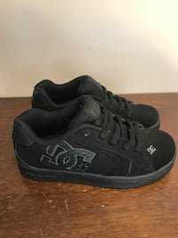 Brand new DC shoes size 3 Pickering, L1X 1G8