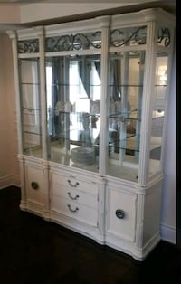 white wooden framed glass display cabinet Barrie, L4N 4J6