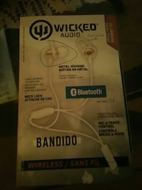 Blue tooth head phones lowered the price! ! Kitchener, N2M 2E6