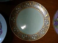 round white and blue ceramic plate Hagerstown, 21740