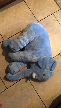 blue and gray dog plush toy Chantilly, 20151