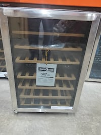 38 Bottle Wine Cooler - Stainless steel