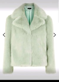 New medium & large faux fur jacket 547 km