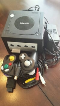 Nintendo Gamecube w/ everything!