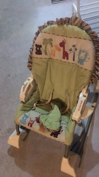 baby's green and brown bouncer Brampton, L6R