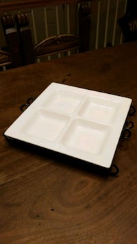 white plastic container with lid Ashburn, 20148