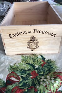 Crate from vintage wine