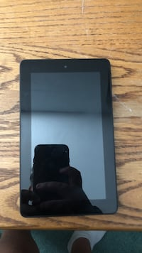 """Amazon fire 7 8"""" tablet 8gb with 32gb micro sad card and amazon black flip case"""