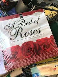 Bed of Roses Couples Romance item New 2214 mi