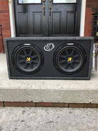 Dual 10 inch kicker subs with amp and capacitor  Markham, L3R