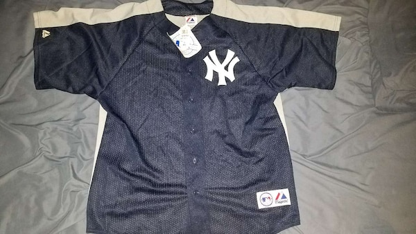best loved db32a d8a93 Navy NY Yankees Spring Training Jersey XLMajestic
