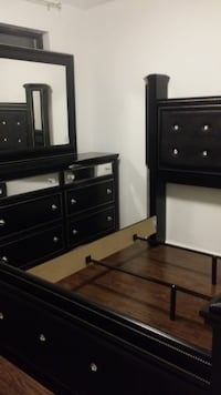 4pcs Queen bedroom set TORONTO