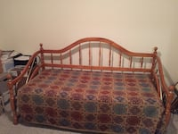 Day Bed Cloverdale