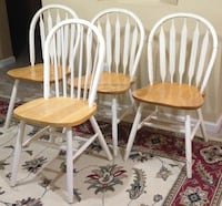Chairs / total of 4  - Wood Columbus