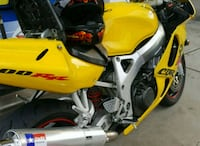 1999cbr 900rr for trade or cash Trumbull, 06611