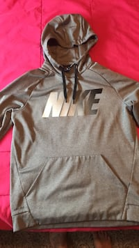gray and black Nike pullover hoodie Gladstone
