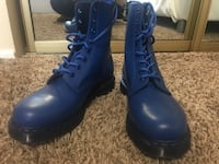 Pair of blue Dr. Martens Kent, 98032