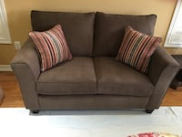 Brandnew 3 pieces couch set,Accent chairs and more