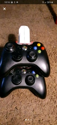 Xbox 360 remote and charging dock  Henderson, 89015
