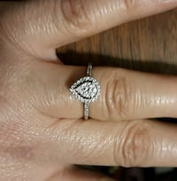 10k white gold size 8 engagement ring